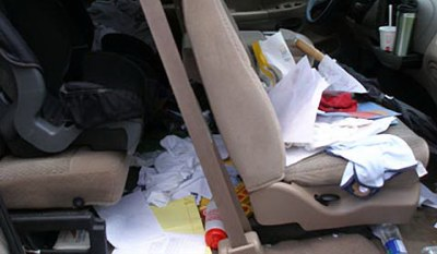 Do you have a messy car? Here's how to keep your car's interior neat and tidy.