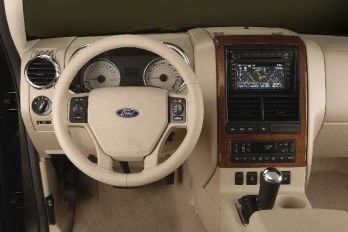 Interior of the 2006 Ford Explorer SUV.