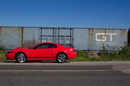2004 Nikon Automotive Photography Award (Bill Roebuck, Runner-up, Published Category). Photo: Ford Mustang GT with