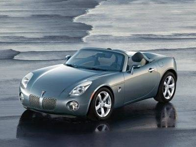 2006 Pontiac Solstice received the Best New Design award from AJAC.