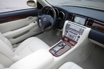 2006 Lexus SC 430 interior exudes luxury.