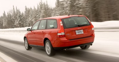 Winter driving in a 2005 Volvo V50 Sports Wagon.