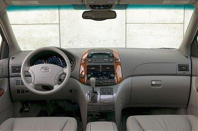 Toyota Sienna (2004)