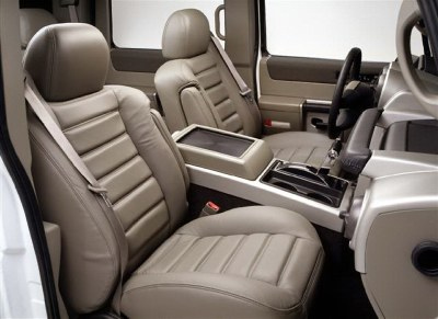 2007 Hummer H2 interior. GM Photo.