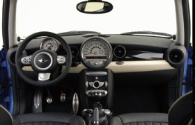 2007 Mini Cooper S interior view.